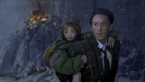 John Cusack (Jackson Curtis) en Morgan Lily (Lilly) in 2012