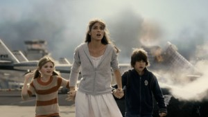 Liam James (Noah), Morgan Lily (Lilly) en Amanda Peet (Kate) in 2012