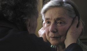Emmanuelle Riva (Anne) in Amour