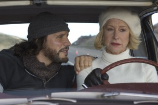 Helen Mirren en Sergio Peris-Mencheta in Love Ranch