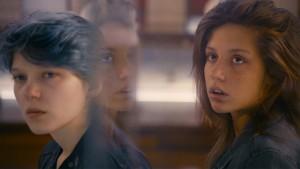 Adèle Exarchopoulos (Adèle) en Léa Seydoux (Emma) in La vie d'Adèle