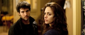 Tahar Rahim (Samir) en Berenice Bejo (Marie) in Le passé