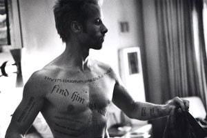 Guy Pearce (Leonard) in Memento