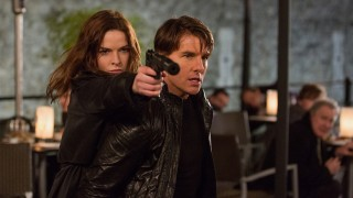 Rebecca Ferguson en Tom Cruise in Mission: Impossible - Rogue Nation