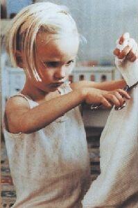 Grete Havneskjøld als de eigenwijze Lotta © 2001