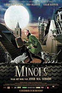 Still uit 'Minoes' © 2001 Warner Bros.