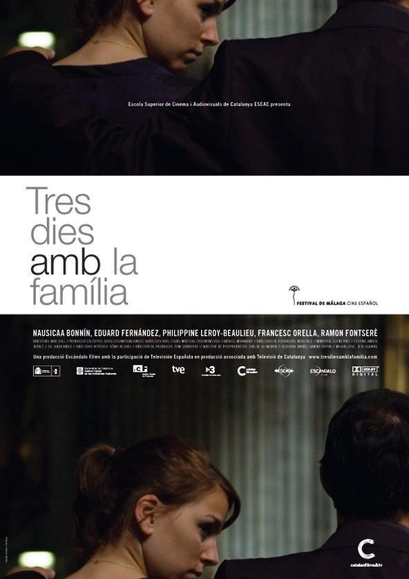 Tres dies amb la família poster, copyright in handen van productiestudio en/of distributeur