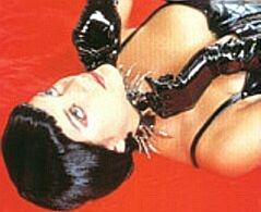 Marion Cotillard in 'Les Jolies choses' (c) 2001