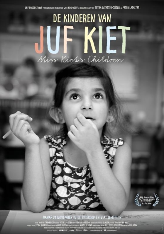 De kinderen van juf Kiet poster, © 2016 Cinema Delicatessen