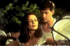 KEANU REEVES als Paul Sutton troost AITANA SANCHEZ-GIJON als Victoria Aragon (c) 20 Century Fox, 37k.