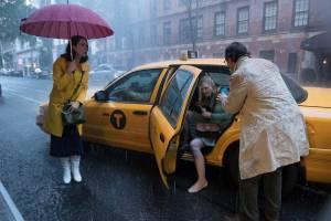 Rebecca Hall (Connie), Elle Fanning (Ashleigh) en Jude Law (Ted Davidoff)