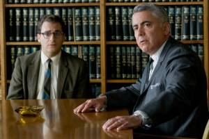 A Serious Man: Adam Arkin (Divorce Lawyer) en Michael Stuhlbarg (Larry Gopnik)