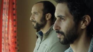 Walid Benmbarek en Achmed Akkabi in Broeders