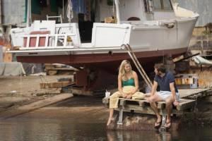 Adrift: Shailene Woodley (Tami Oldham) en Sam Claflin (Richard Sharp)