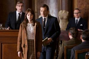 An Education: Carey Mulligan (Jenny) en Peter Sarsgaard (David)