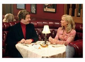 Anchorman: Christina Applegate (Veronica Corningstone) en Will Ferrell (Ron Burgundy)
