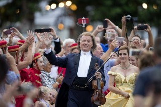 André Rieu in André Rieu 2018: Amore My Tribute to Love