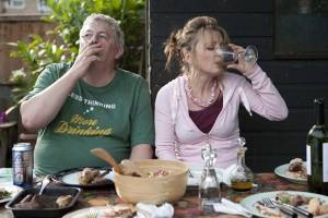Another Year: Jim Broadbent (Tom) en Lesley Manville (Mary)
