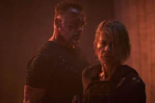 Linda Hamilton en Arnold Schwarzenegger in Terminator: Dark Fate