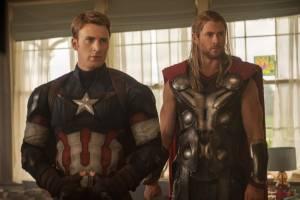 Chris Evans (Steve Rogers / Captain America) en Chris Hemsworth (Thor)