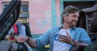 Barry Atsma in Hector and the Search for Happiness