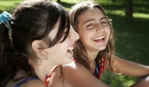 Bellas mariposas: Maya Mulas (Luna) en Sara Podda (Cate)