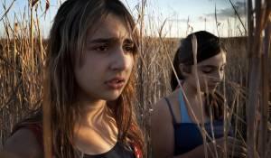 Bellas mariposas: Sara Podda (Cate) en Maya Mulas (Luna)
