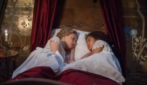 Belle: Emily Watson (Lady Mansfield) en Gugu Mbatha-Raw (Dido Elizabeth Belle)