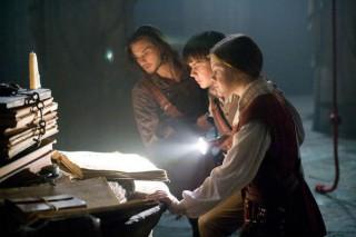 Ben Barnes, Georgie Henley en Skandar Keynes in The Chronicles of Narnia: The Voyage of the Dawn Treader