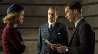Keira Knightley, Mark Strong en Benedict Cumberbatch in The Imitation Game