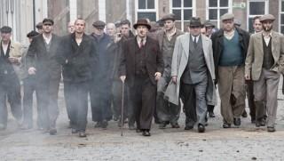 Benja Bruijning, Matthias Schoenaerts, Marcel Musters en Frank Lammers in De Bende van Oss