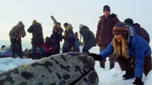 Big Miracle: Tim Blake Nelson en Drew Barrymore (Rachel Kramer)