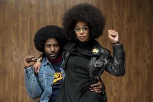 BlacKkKlansman: John David Washington (Ron Stallworth) en Laura Harrier (Patrice Dumas)
