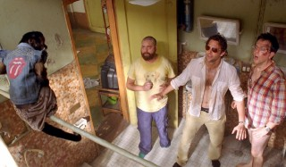Zach Galifianakis, Bradley Cooper en Ed Helms in The Hangover Part II