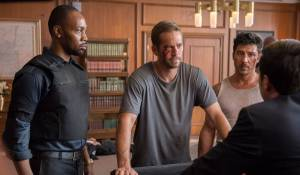 Brick Mansions: RZA (Tremaine), Paul Walker (Damien) en David Belle (Lino)