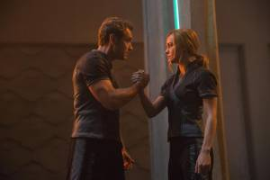 Captain Marvel 3D: Jude Law (Walter Lawson / Mar-Vell) en Brie Larson (Carol Danvers / Captain Marvel)