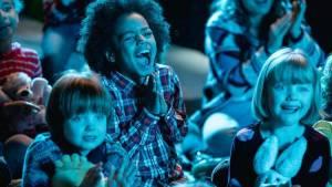 Casper en Emma maken theater (NL) filmstill