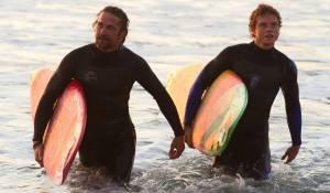 Chasing Mavericks: Jonny Weston (Jay Moriarity) en Gerard Butler (Frosty Hesson)