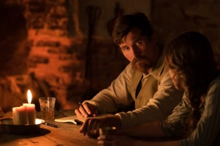 Christian Bale en Charlotte Lebon in The Promise