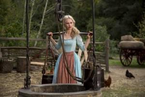 Cinderella: Lily James (Cinderella)