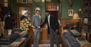 Taron Egerton, Colin Firth en Samuel L. Jackson in Kingsman: The Secret Service
