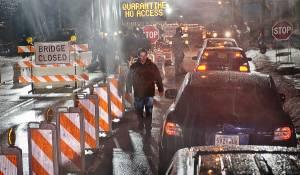Contagion: Matt Damon (Thomas Emhoff)