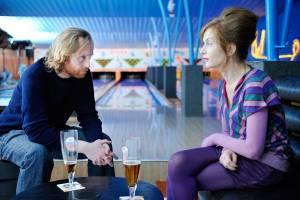 Copacabana: Jurgen Delnaet (Bart) en Isabelle Huppert (Babou)