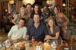 Couples Retreat: Malin Akerman (Ronnie), Jason Bateman (Jason), Kristen Bell (Cynthia), Kristin Davis (Lucy), Jon Favreau (Joey), Kali Hawk (Trudy), Faizon Love (Shane) en Vince Vaughn (Dave)