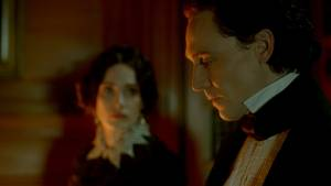Crimson Peak: Jessica Chastain (Lady Lucille Sharpe) en Tom Hiddleston (Sir Thomas Sharpe)