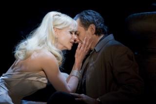 Daniel Day-Lewis en Nicole Kidman in Nine