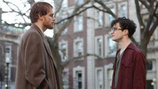 Michael C. Hall en Daniel Radcliffe in Kill Your Darlings