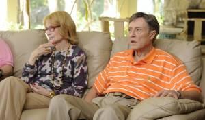 Mia Farrow (Phyllis) en Christopher Walken (Jackie)