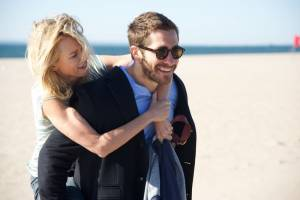 Demolition: Naomi Watts (Karen Moreno) en Jake Gyllenhaal (Davis Mitchell)