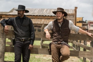 Denzel Washington en Chris Pratt in The Magnificent Seven